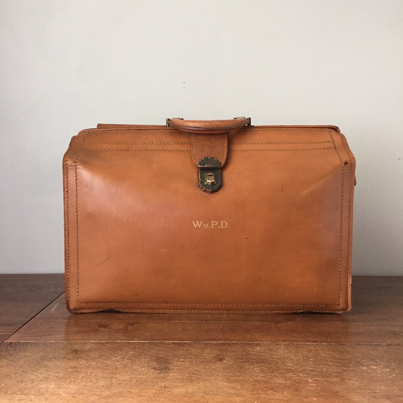 Vintage Leather Briefcase in Doctor's Bag Style image 0
