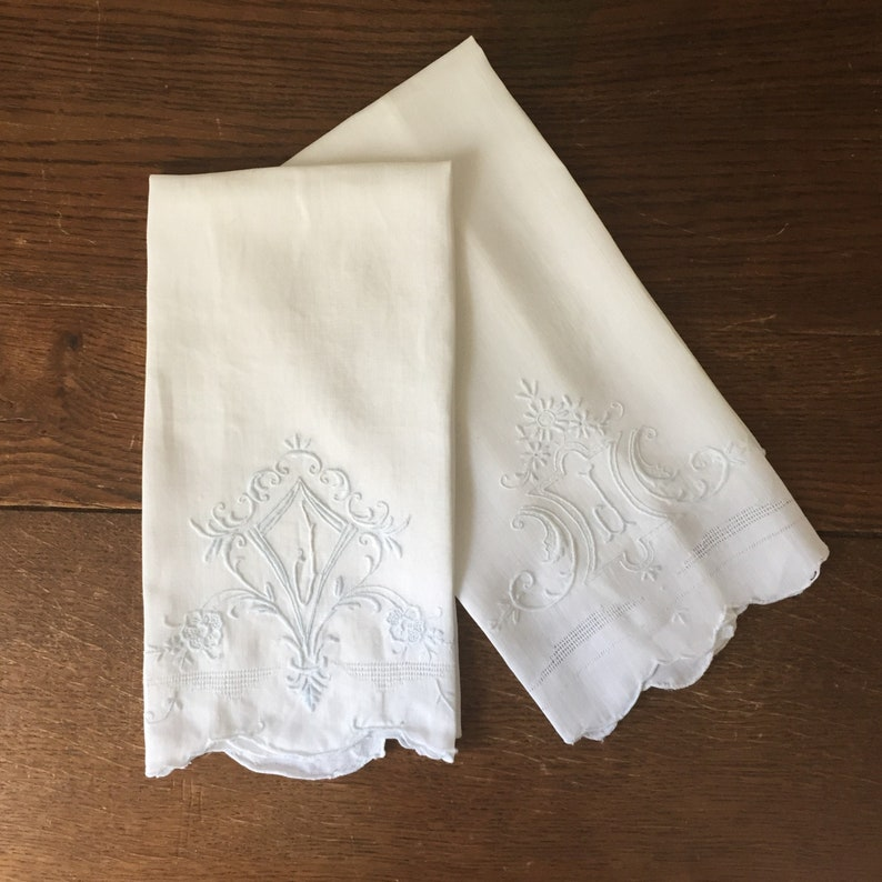 Embroidered Linen Guest Towels With Initial J Monogram image 0