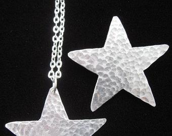 Star  Pendant Necklace.