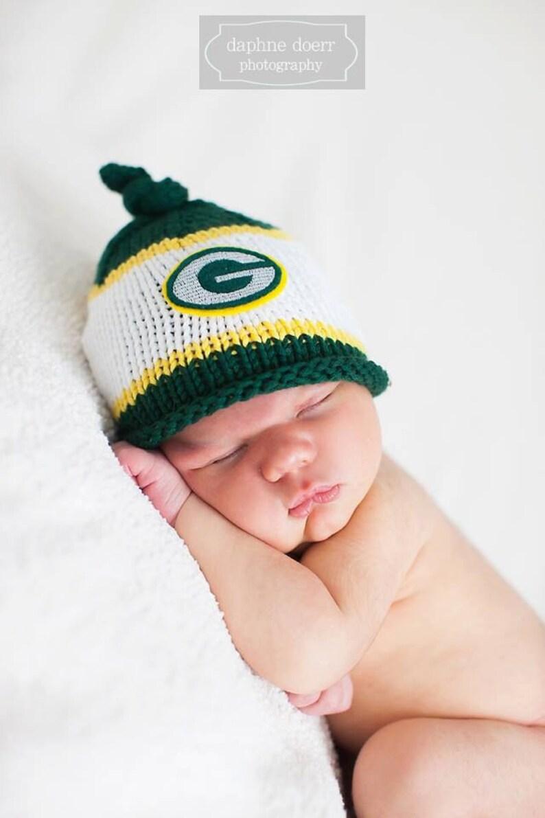 d557563fa03 Green Bay Packers Baby Hat Newborn Photo Prop Green Bay