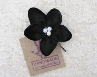 Black Flower Hair Pin. Black Flower Hair Piece. Bridesmaids Flower Accessory.