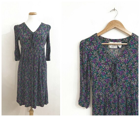 Vintage 1990s FLORAL DRESS / size Small