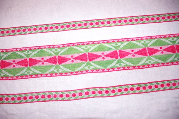 Vintage Tablecloth: Woven Pink U0026 Green Dots Geometric Shapes 1960s
