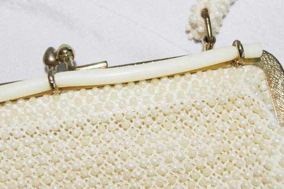 169b51b2cfa44 Vintage Handbag   Purse  1960s Ivory Pearl Plastic