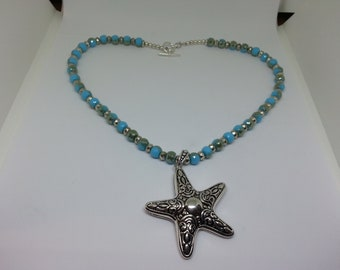 At The Seashore Beaded Necklace with Starfish Pendant