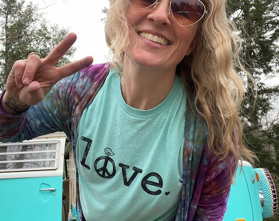 LOVE tshirt, peace and love t-shirt, stamped frosting shirt, peace sign shirt, tee, tee shirt, t-shirt, mint t-shirt