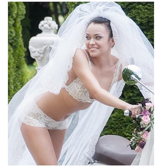 ae117a9f2 Triangle Bra and Panties Bridal Bra cream white Bridal