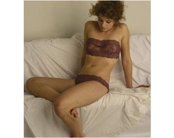 Lingerie Set - Sweet Plum  // Undies Bra & Slip in playful French Lace handmade of Fransik