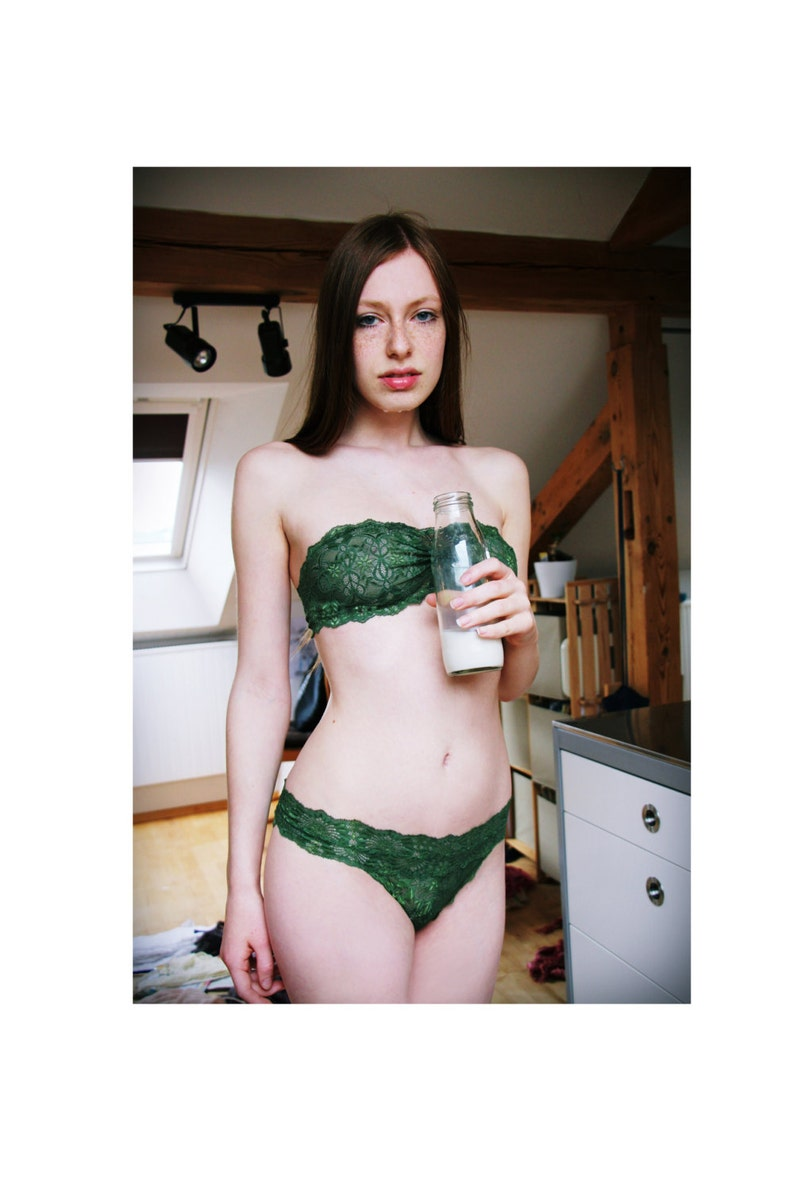 Lingerie Gothic Green I Undies Set handmade of sheer french red lace