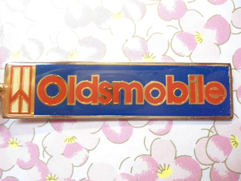 1 Vintage Oldsmobile Keyring Key Ring