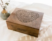 Floral Heart Wood Keepsake Box [Valentine's Day / Memory Box / Wedding Box / 5th Anniversary Gift / Customized Baby Gift / Gift for Mom]