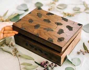 Ginkgo Leaves Wood Keepsake Box [Personalized Custom Gifts, Anniversary, Wedding, Baby, Memory, Christmas, Holiday]