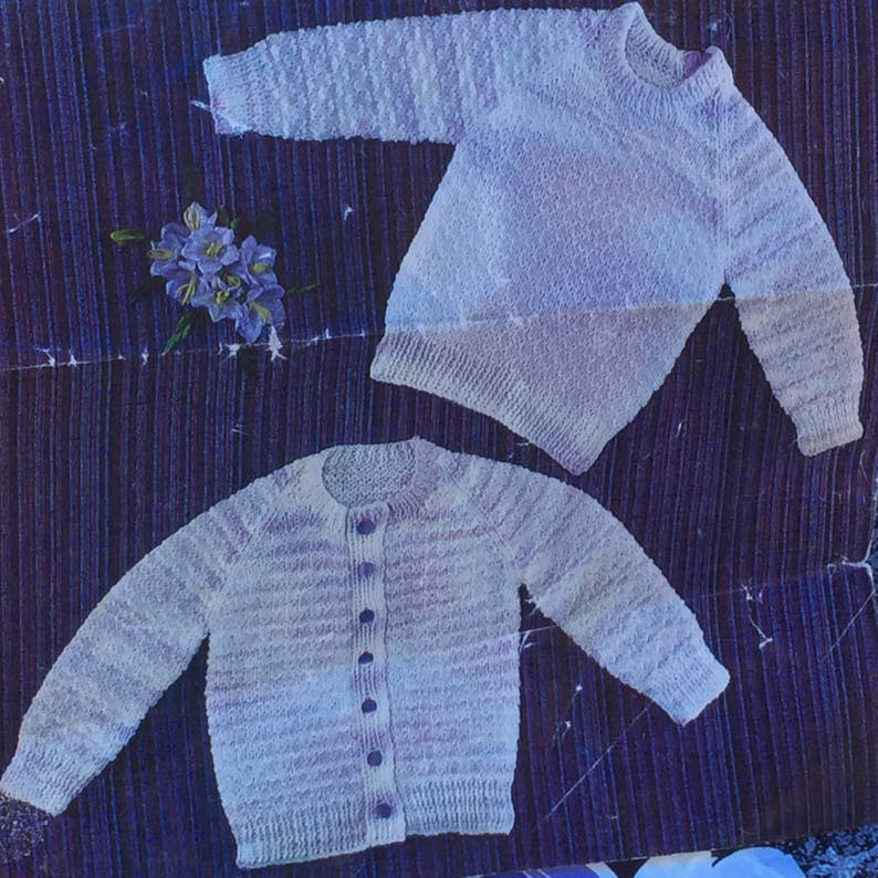 cc2f3e600c83f7 UK EU SELLER Vintage knitting pattern Easy Knit Baby Cardigan