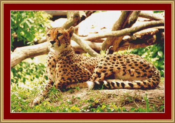 Cheetah Cross Stitch Pattern /Digital PDF Files /Instant downloadable