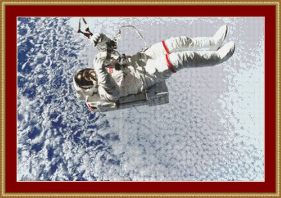Astronaut Cross Stitch Pattern /Digital PDF Files /Instant downloadable