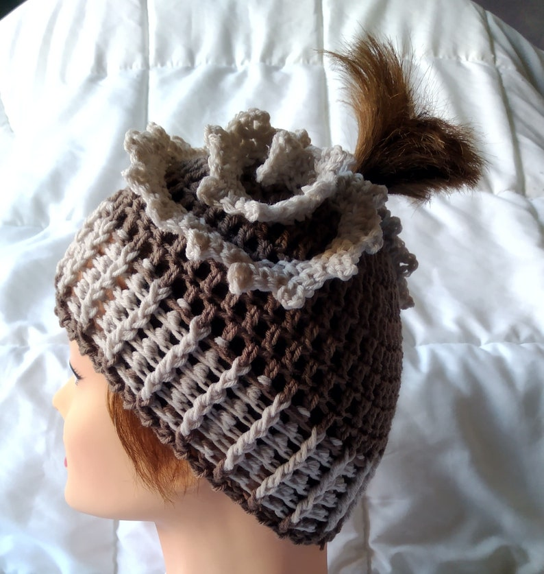 English version 6 Videos 51 Images US Terms All sizes Hyperbolic Ponytail beanie Crochet Pattern Turorial 22 pages Instant download