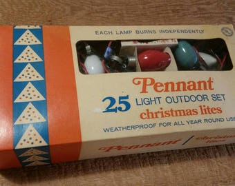 PENNANT CHRISTMAS LIGHTS Larger Outdoors 1960 1970s Screw In Bulbs Original Box with Extra Bulb Wonderful Vintage Christmas Fun!