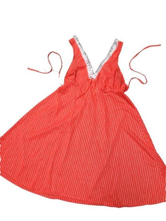 Vintage Slip dress 70s pin-up lingerie cover up n… - image 1