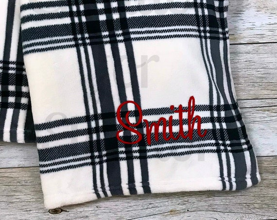 Personalized Blanket, Monogrammed Plush Blanket, Monogrammed Fleece Blanket, Plush Blanket, Monogram Blanket, Personalized Fleece Throw