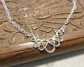 Wavy Bib Necklace in Sterling Silver, Everyday Jewelry for Women