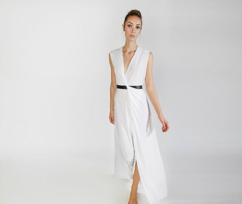 8f465a1fb9 Biała suknia ślubna Maxi białej sukni bez rękawów suknia