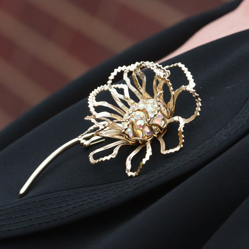 vintage jewelry set Aurora Borealis Rhinestone Sarah Coventry ALLUSION Aurora Borealis Rhinestone Floral Goldtone Brooch and Earring Set