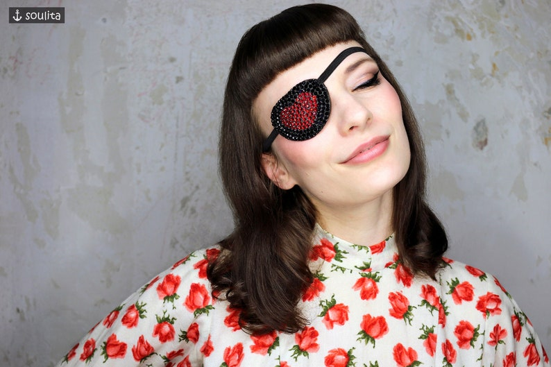 Eye Patch Red Sparkling Heart  Rhinestones black red  image 0