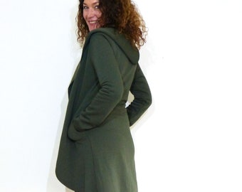 Hooded coat, long - with pockets and push button, olive