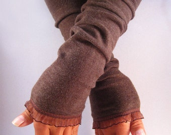 Arm warmers, fingerless gloves in Brown with organza ruffle