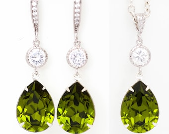 JS038 Green and white necklace and earrings jewelry set