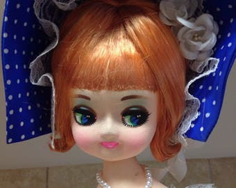 Vintage Big Eye Sakura Pose Doll 22""