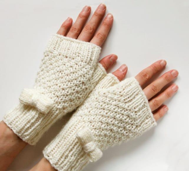 Instant Download PDF Knitting Pattern Little Bows Fingerless   Etsy