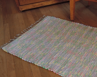 """Hand Woven Rag Rug Lavender Pink Green Cotton 26"""" x 46"""""""