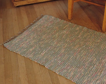 """Hand Woven Rag Rug Soft Green Floral 26"""" x 42"""""""