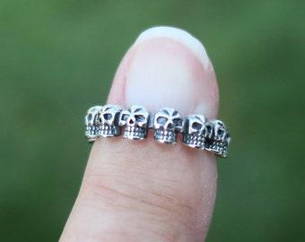 Endless eternity skull ring