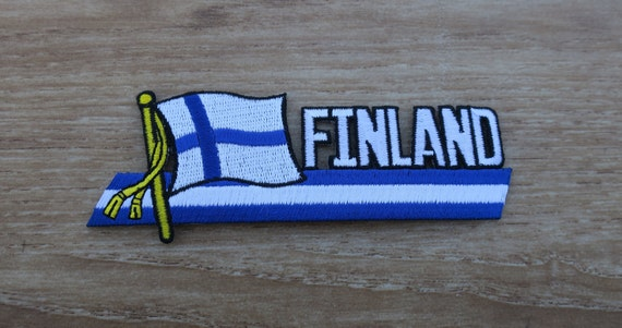 Vintage FINLAND Flag Pinback