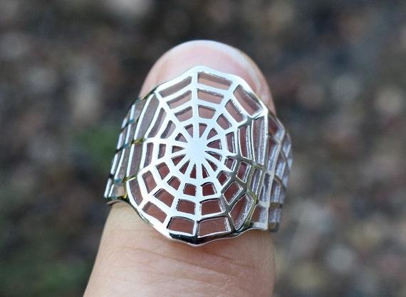 Vintage 925 Sterling Silver Spiderweb Ring