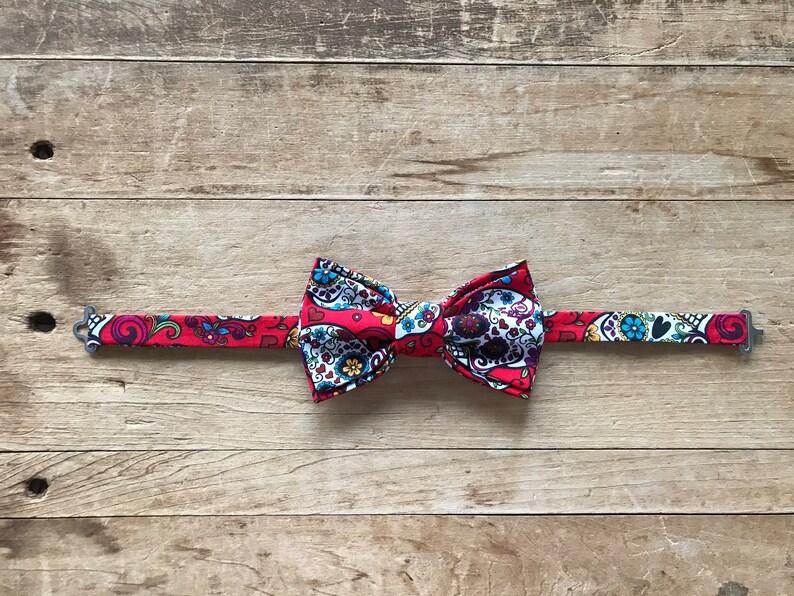 Dia de Los Muertos aka Day of the Dead Wedding Red Simply Me \u2022 Gentlemen Men\u2019s Adjustable Bow Tie Handmade /& Handcrafted