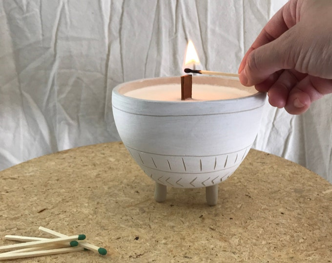 Tripod Soy Candle #FREESHIPPING Reusable Ceramic Planter Stoneware Natural #naturalsoycandle #reusablecandleplanter #potterysoycandle