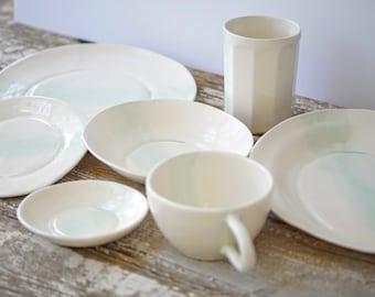 Linen Watercolor Dinnerware