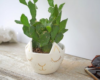 Kitty Cat Planter White and Gold Pot Porcelain Pottery Ceramic Cutest Container Perfect Gift