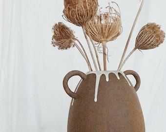 Handle Drip Vase