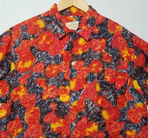 1960s Hawaiian Shirt / M - L / Lava Red / Volcano