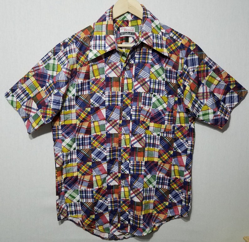 Vintage Wild 1970s Campus Now Breed Patchwork Print Shirt  M image 0