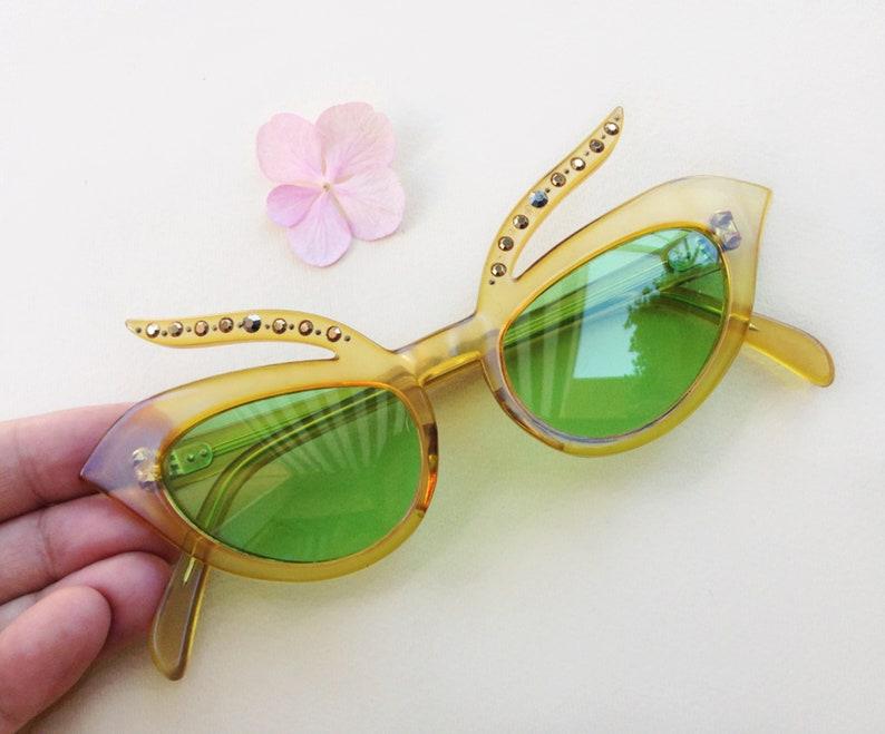 cc6069828df Original 50s Cat-Eye sunglass   true Vintage rhinestones Diva