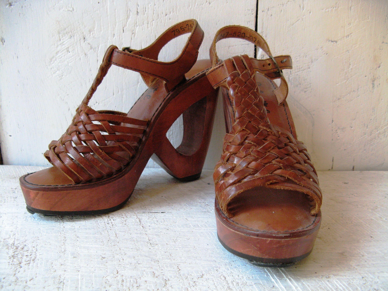a71b6a431fa007 Vintage 1970s Woven Leather Peep Toe T-strap Huarache Cut-Out
