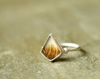 Singing the Body Electric -- An Adjustable Dendritic Ring in Sterling Silver -- Sizes 8 to 10