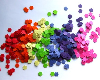 Mini Rainbow Flower Confetti Punch Outs Rainbow flower Confetti  - Set of 700 - ROYGBIV - Red Orange Yellow Green Blue Purple Pink Flowers