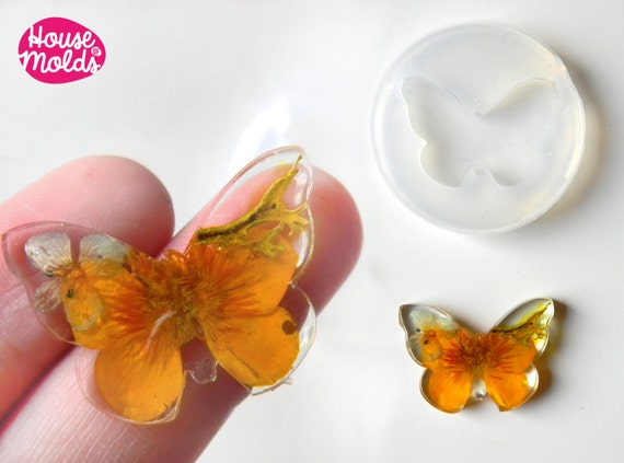 Butterfly Clear Mold 30 mm x 22 mm , transparent Mold to make resin earrings or pendants-very shiny surface easy to use