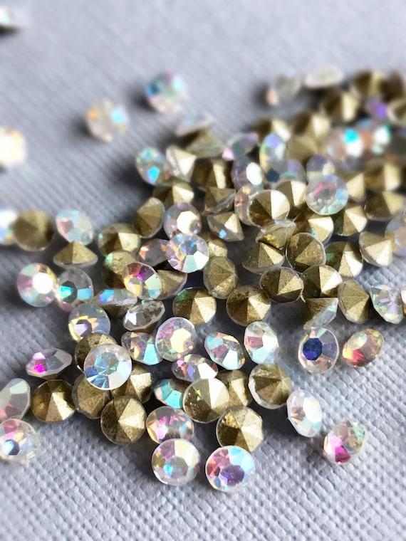 blue foiled Pack of 50 rhinestones pointed back pink 3mm chatons glass